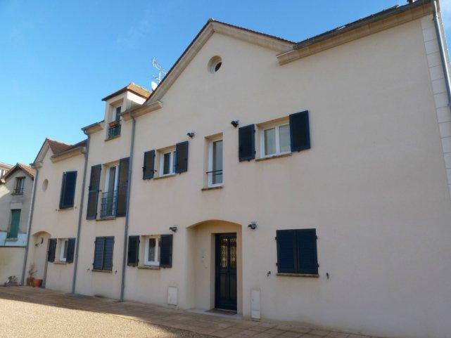 Offres de location Duplex Neauphle-le-Château 78640